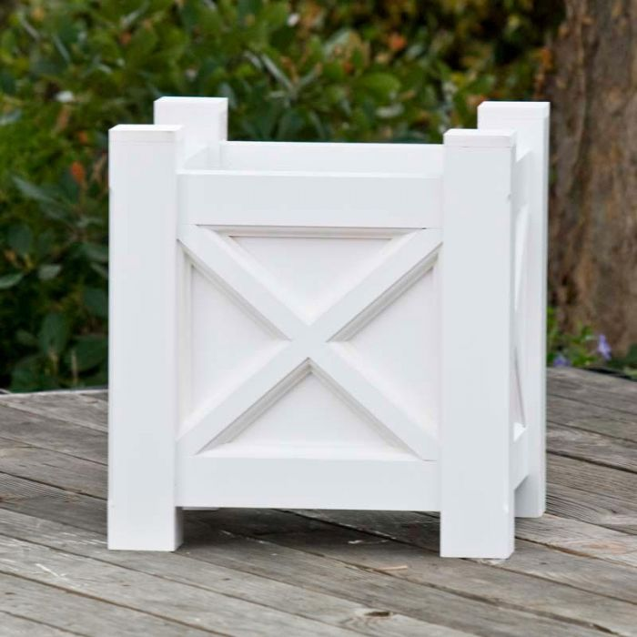 Classic and Traditional Planters