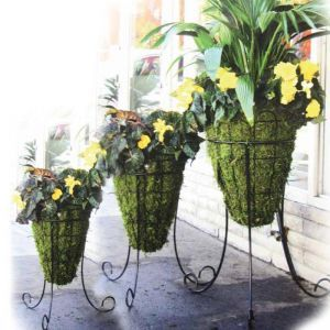 14in. Beehive Planter with Tripod Stand with Mossmat