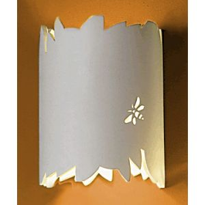 "7"" Wilderness Themed Ceramic Wall Sconce"