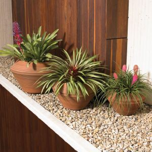 Danbury 22in. Round Planter - Choose from 3 Colors