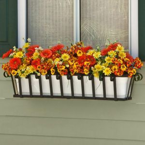 Venetian Decora Window Boxes with Plastic Liners