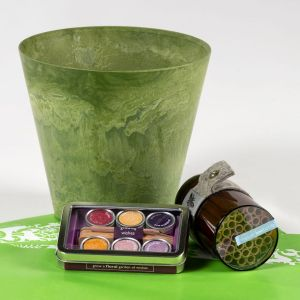 8 inch Planter Gift Bundle